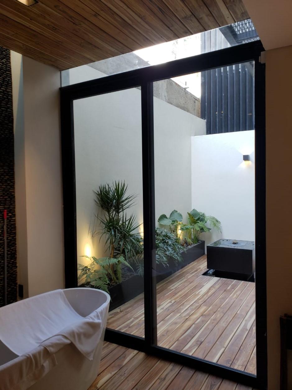 Iluminación terraza y baño